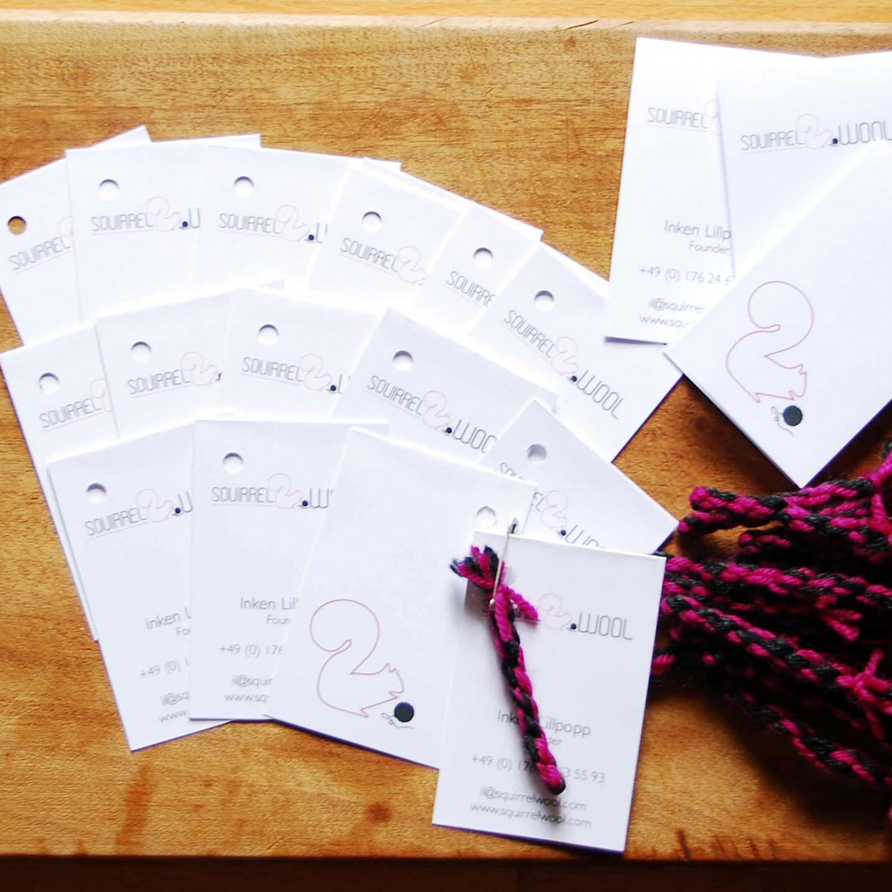Visitenkarte-Squirrel-Wool-Wolle